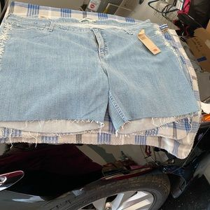 Levi's plus size women shorts brand new with tags